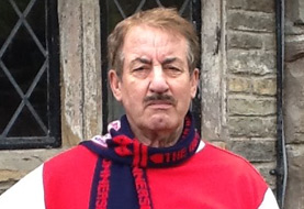 Actor John Challis dies